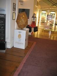 Big Egg Hunt 2015 - DFS Galleria